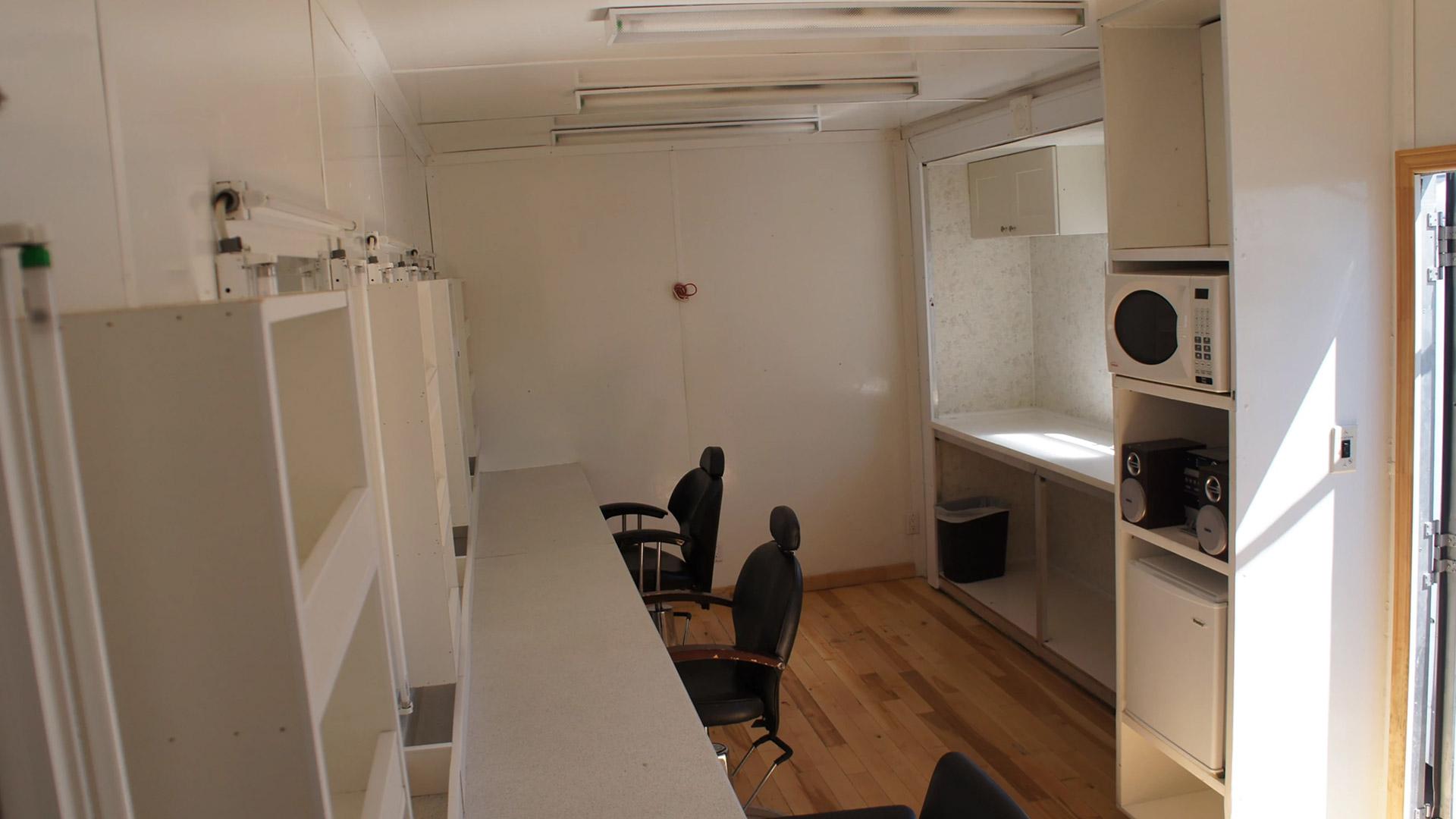 photo intérieur du Honey Wagon 04